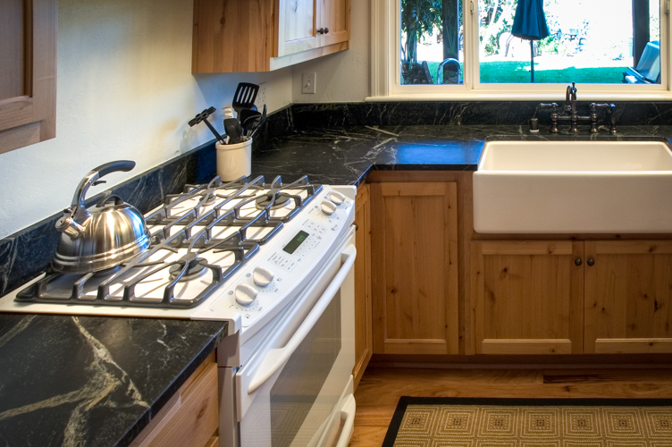 Browse Our Soapstone Backsplash Gallery
